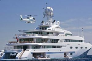 Super-yacht-charter-1